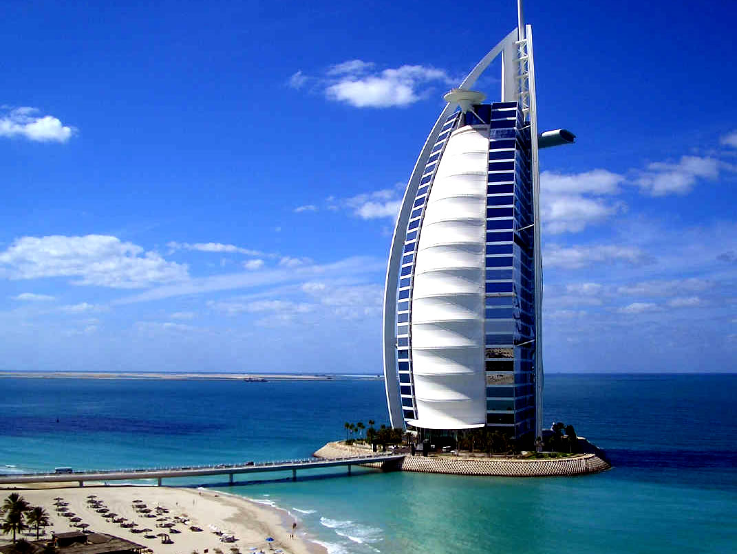 Luxotic world top ten luxury holidays worldwide for Dubai world famous hotel