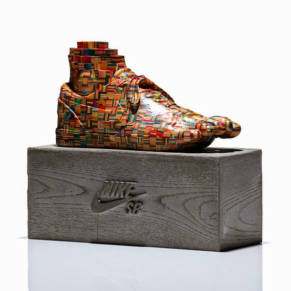 35-Nike-1-Haroshi-The-Art-of-Skateboarding-Made-into-Sculpture-www-designstack-co