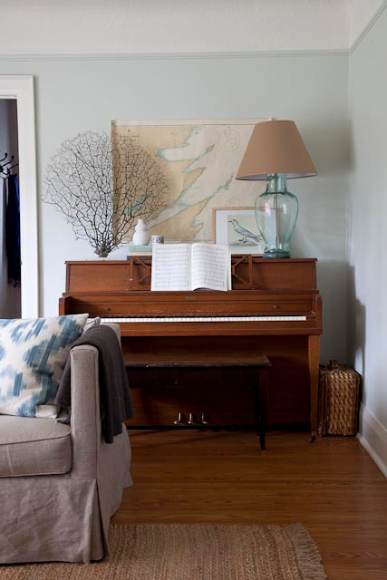 Daly designs some ideas for a piano room for Best piano house