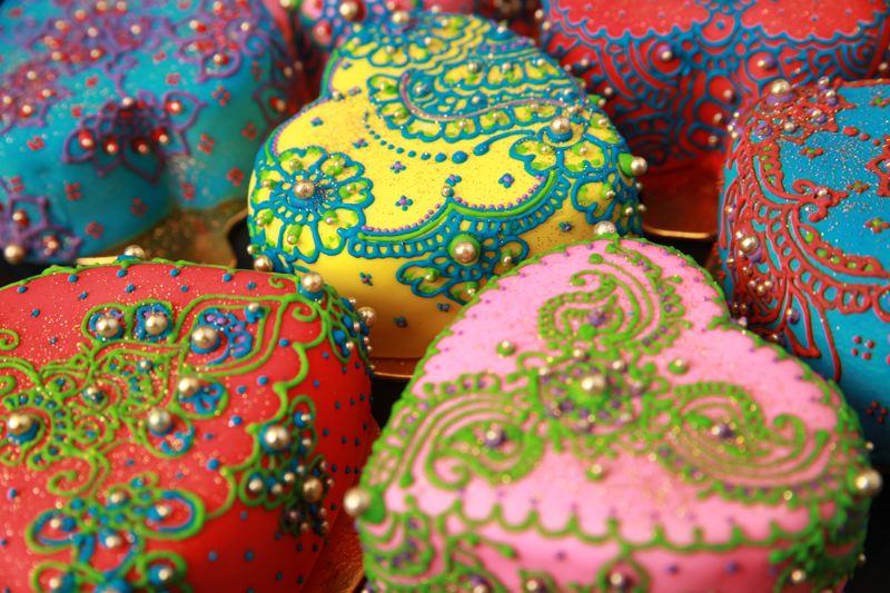 Henna Party Nyc : Henna cakes the wedding library