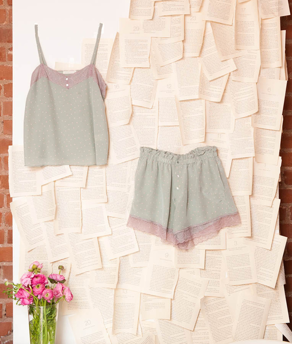 paper crown by lauren conrad Fashionistas dying for a taste of lauren conrad's newest clothing venture, paper crown, are in luck: it's in stores, including.