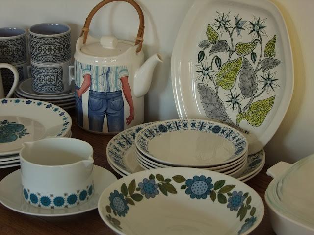 Vintage hornsea tapestry, vintage meakin, vintage poole pottery, vintage thomas germany, carltonware denim