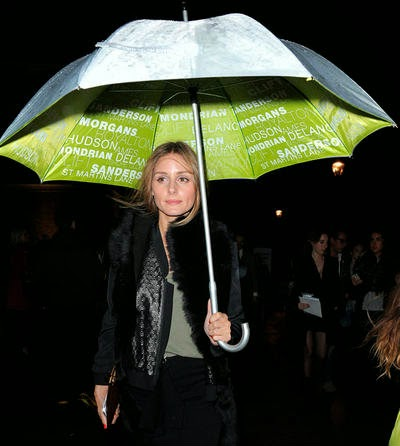 Olivia-Palermo-paraguas