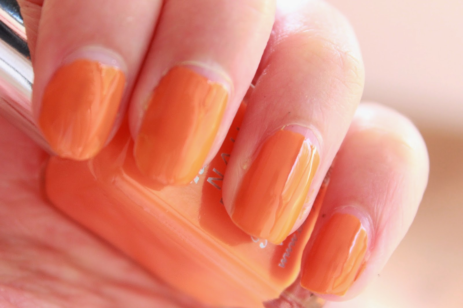 review swatches barry m hi-shine nail paint mango