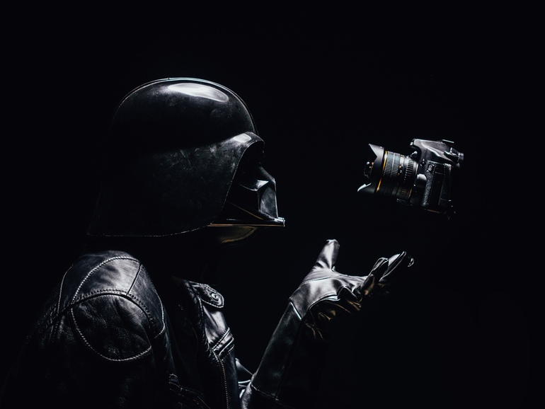 15-The-Force-Selfie-Pawel-Kadysz-Photographs-of-Darth-Vader-away-from-Star-Wars-www-designstack-co