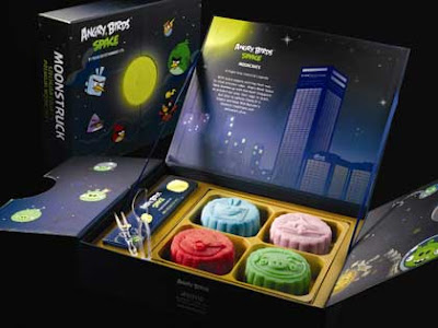 World's First Angry Bird Mooncake in Singapore
