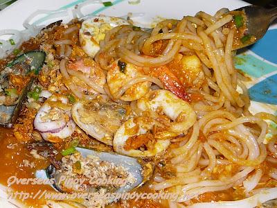 Seafood Pansit Palabok