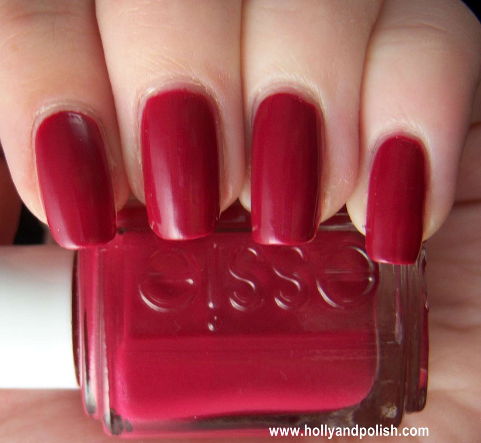 Holly and Polish: A Nail Polish and Beauty Blog: Essie Very Cranberry