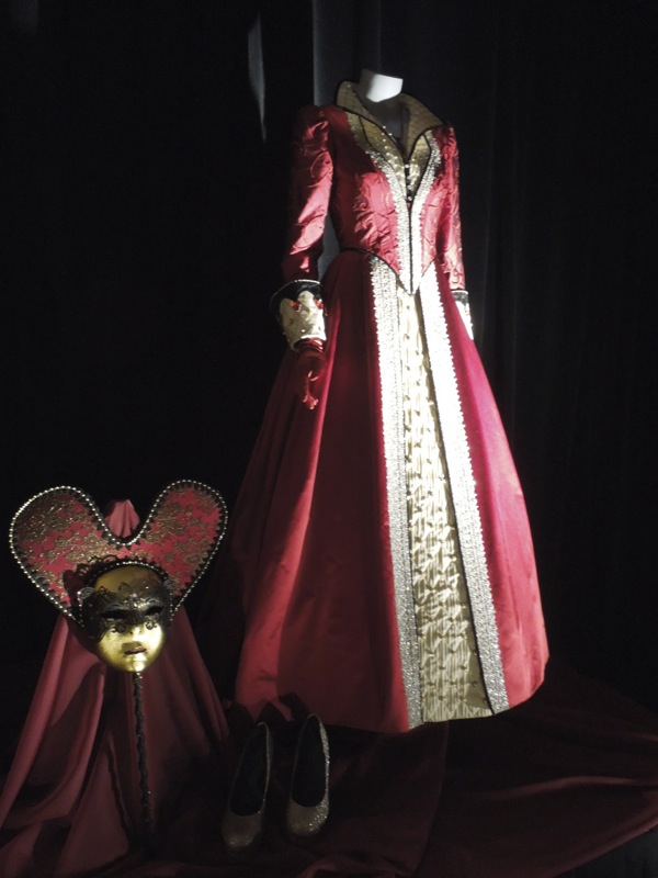Cora Queen of Hearts costume Once Upon a Time