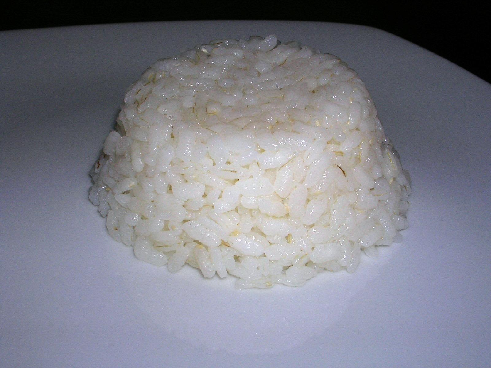 Cocinando contigo arroz blanco para acompa amiento for Cocinar 2 tazas de arroz