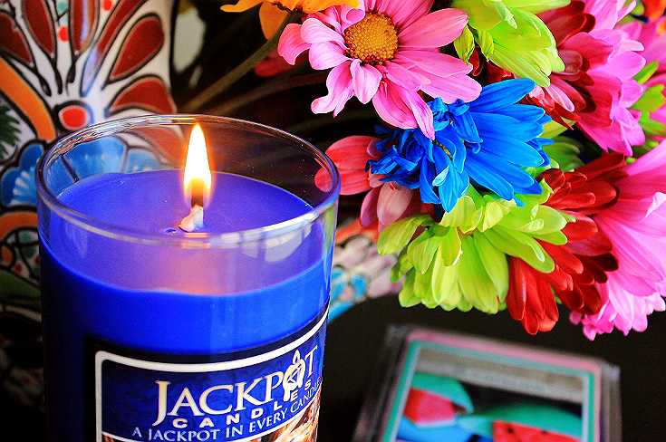 Jackpot Candles are 100% Soy Based wax gifts made in the USA, with a variety of jewelry gift options hidden inside. Choose a specific size, or let the entire experience be a surprise! #ad