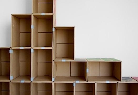 estamos a utilizar el cartn para guardar objetos en cajas o como packaging para algunos productos pero no para fabricar muebles