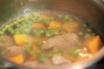 Pork Chop Soup with Sweet Potato - Canh Sườn Non nấu Khoai Lang