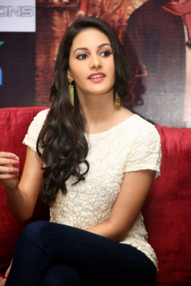 Amyra Dastur White Top Denim Jeans Cute Photos