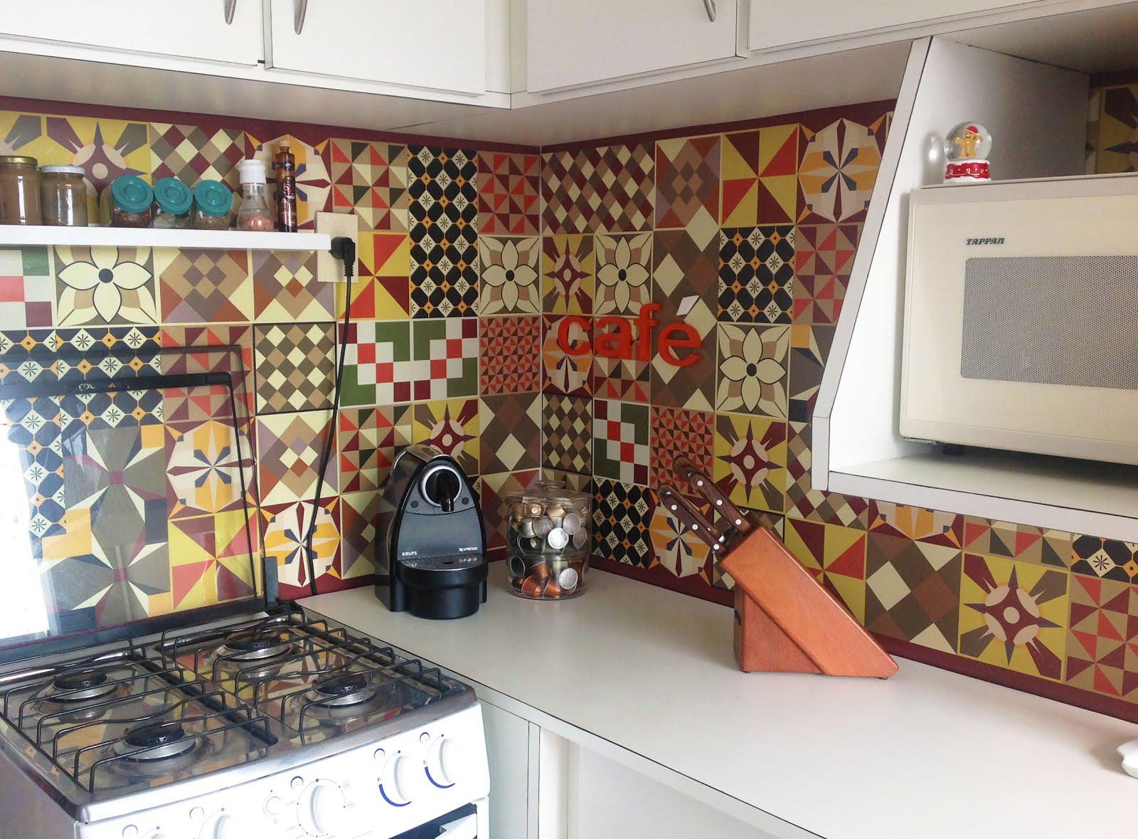 DIY: Renove sua Casa com Adesivos de Azulejos Hidráulicos 2 enjoy #946437 1600x1179 Adesivos Hidraulicos Banheiro