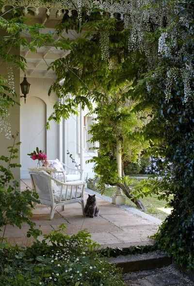 FMF Compagnie Porch Inspiration via Pinterest