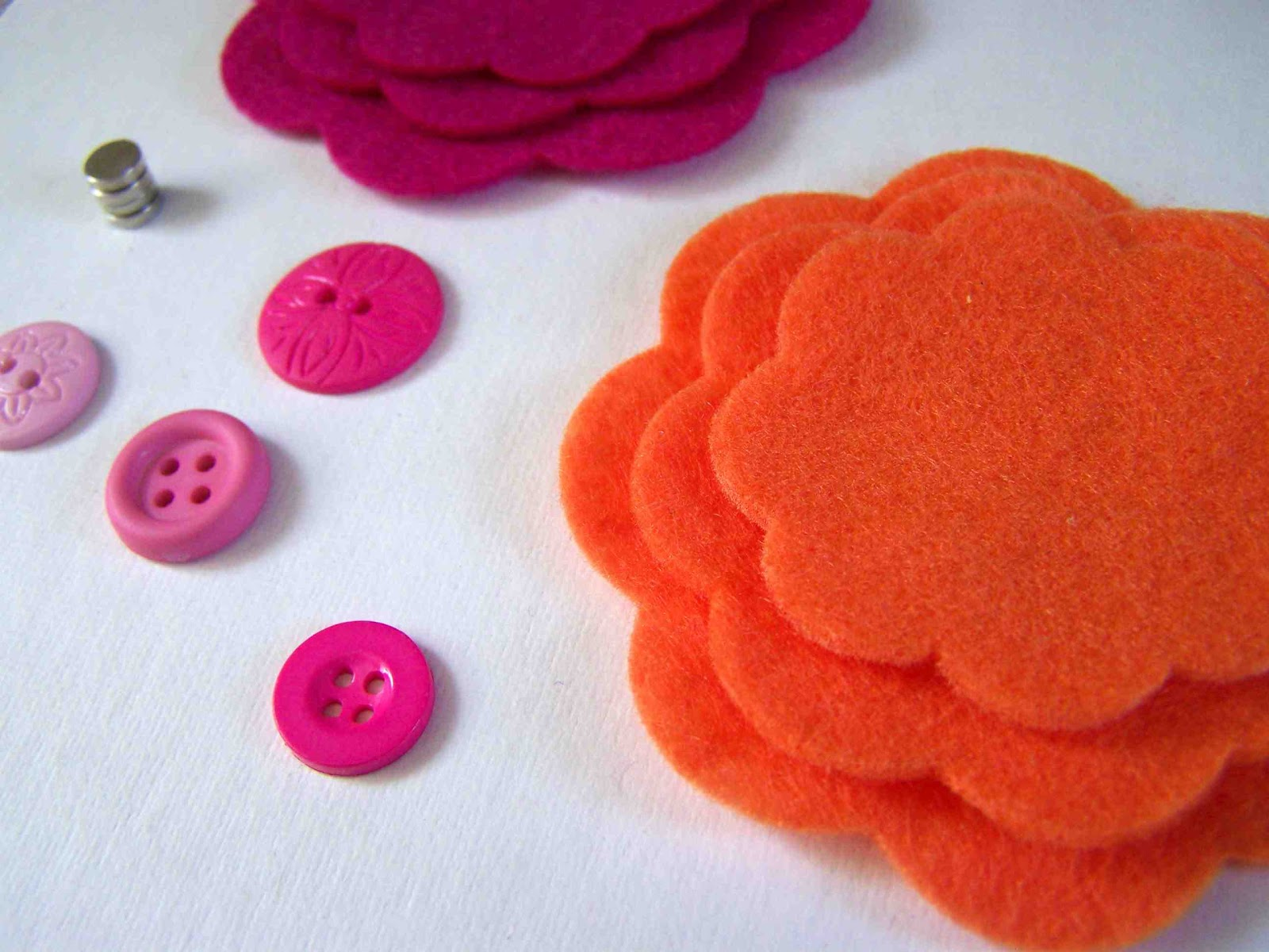Made by Me d with you DIY Mother s Day Felt Flower Magnets