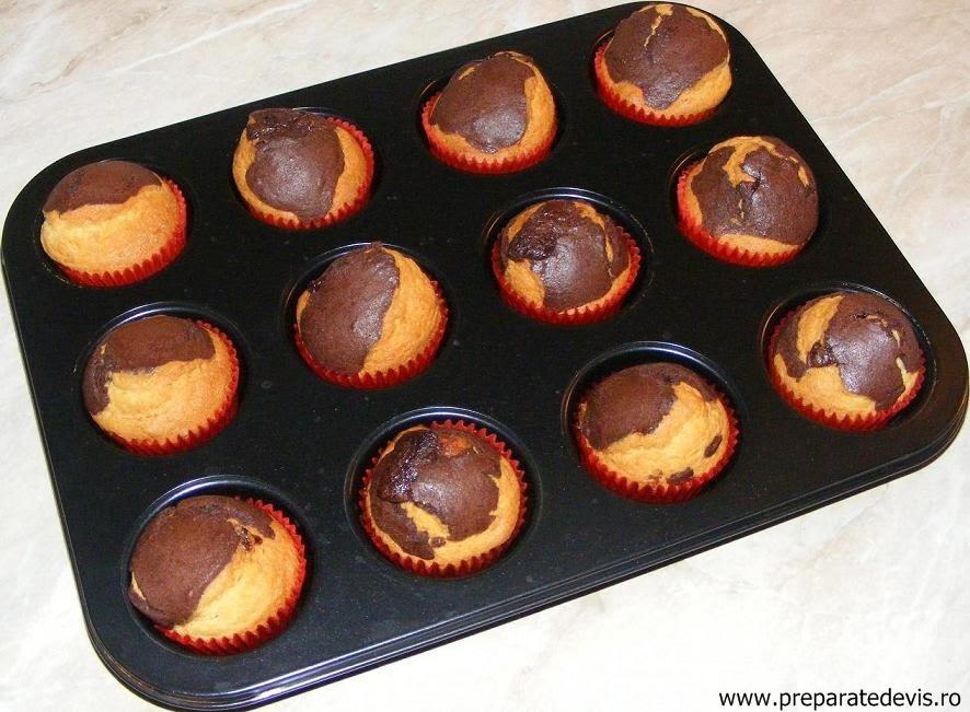madlene, briose, madlene cu ciocolata, briose cu ciocolata, dulciuri, prajituri, deserturi, retete culinare, preparate culinare, preparatedevis, retete si preparate culinare madlene,