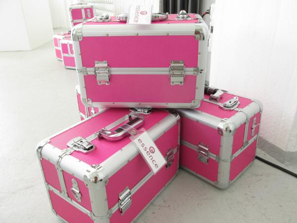 essence Bloggerevent München 2014 Makeup Koffer Pink