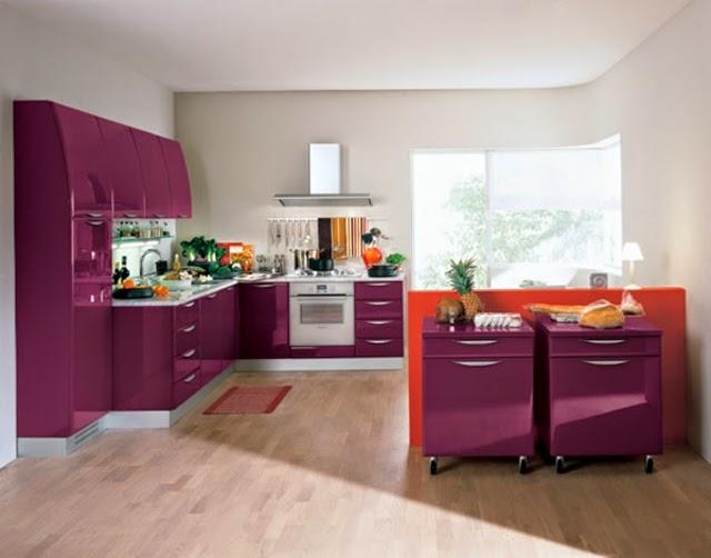 Meuble cuisine violet tagre sur roulettes pour cuisine ou for Cuisine equipee originale