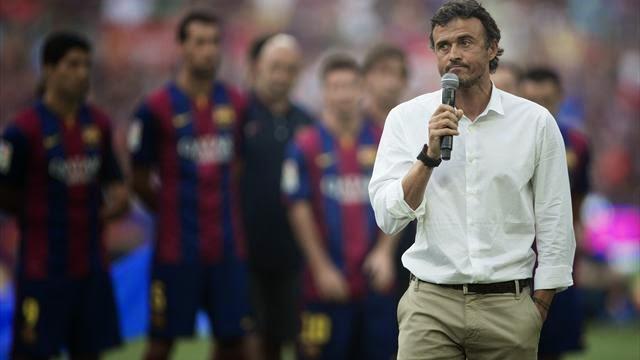 انريكي استبعد ماثيو والفيس من مباراة برشلونة وملقا