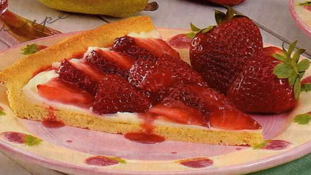 Cafe Hoffy: Strawberry Dessert Pizza....