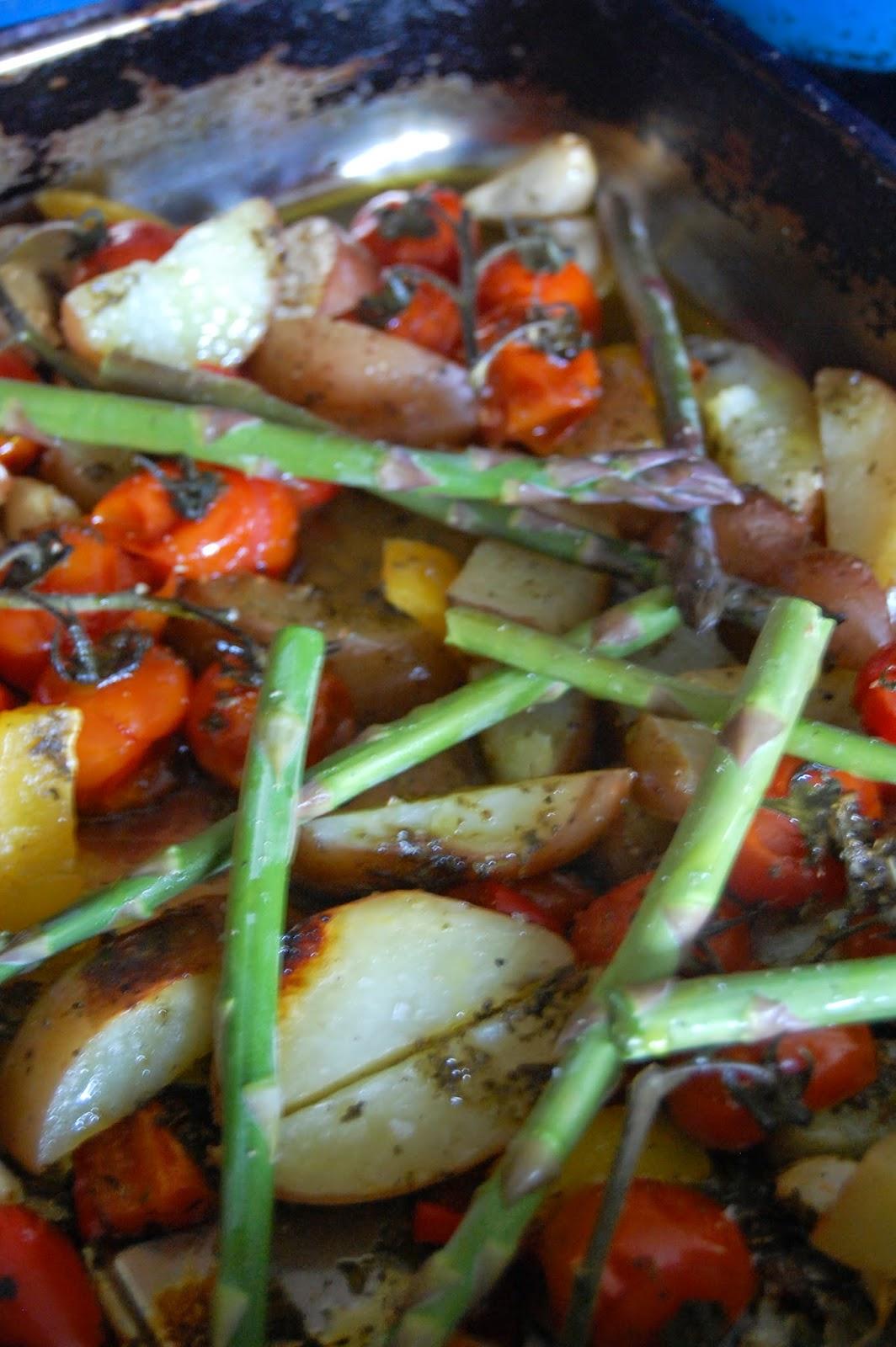Add asparagus to par roasted veg