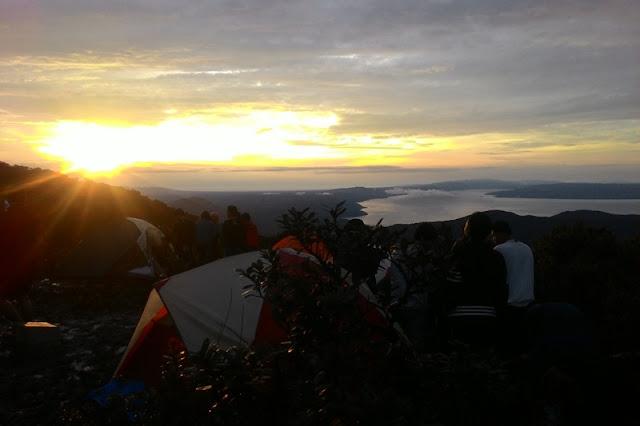 Selamat pagi gunung sibuatan