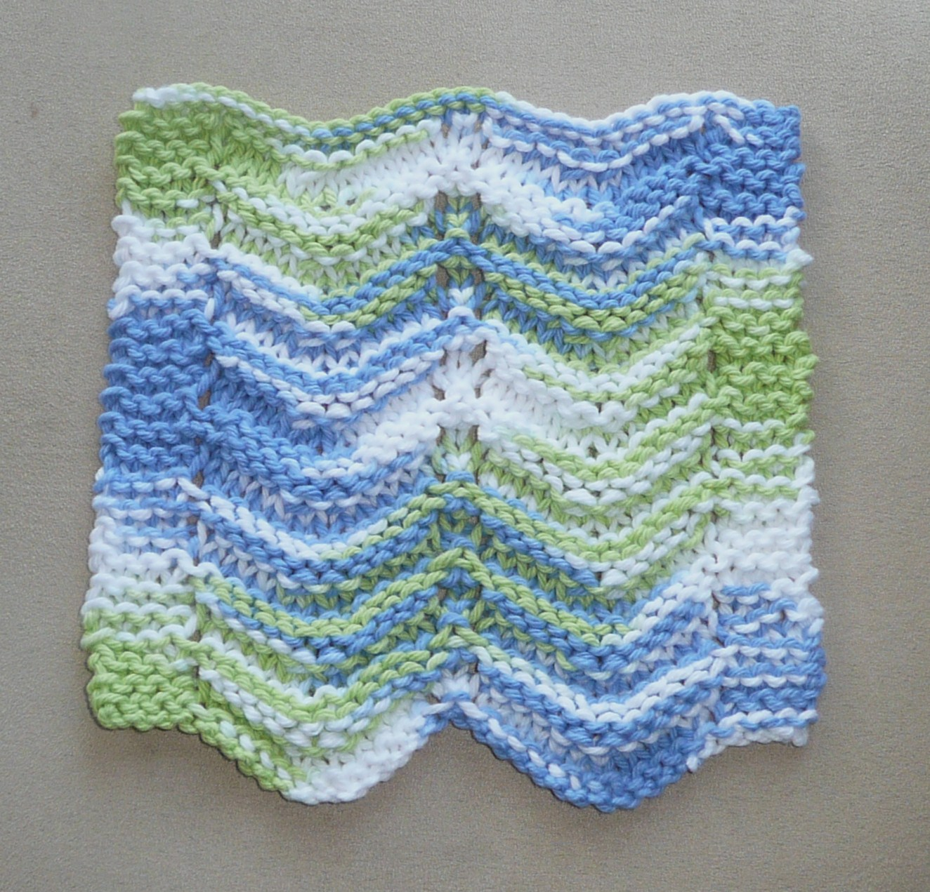 Perfect One-Ounce Dishcloth - FREE Patterns: FREE PATTERN #3 - THE ...