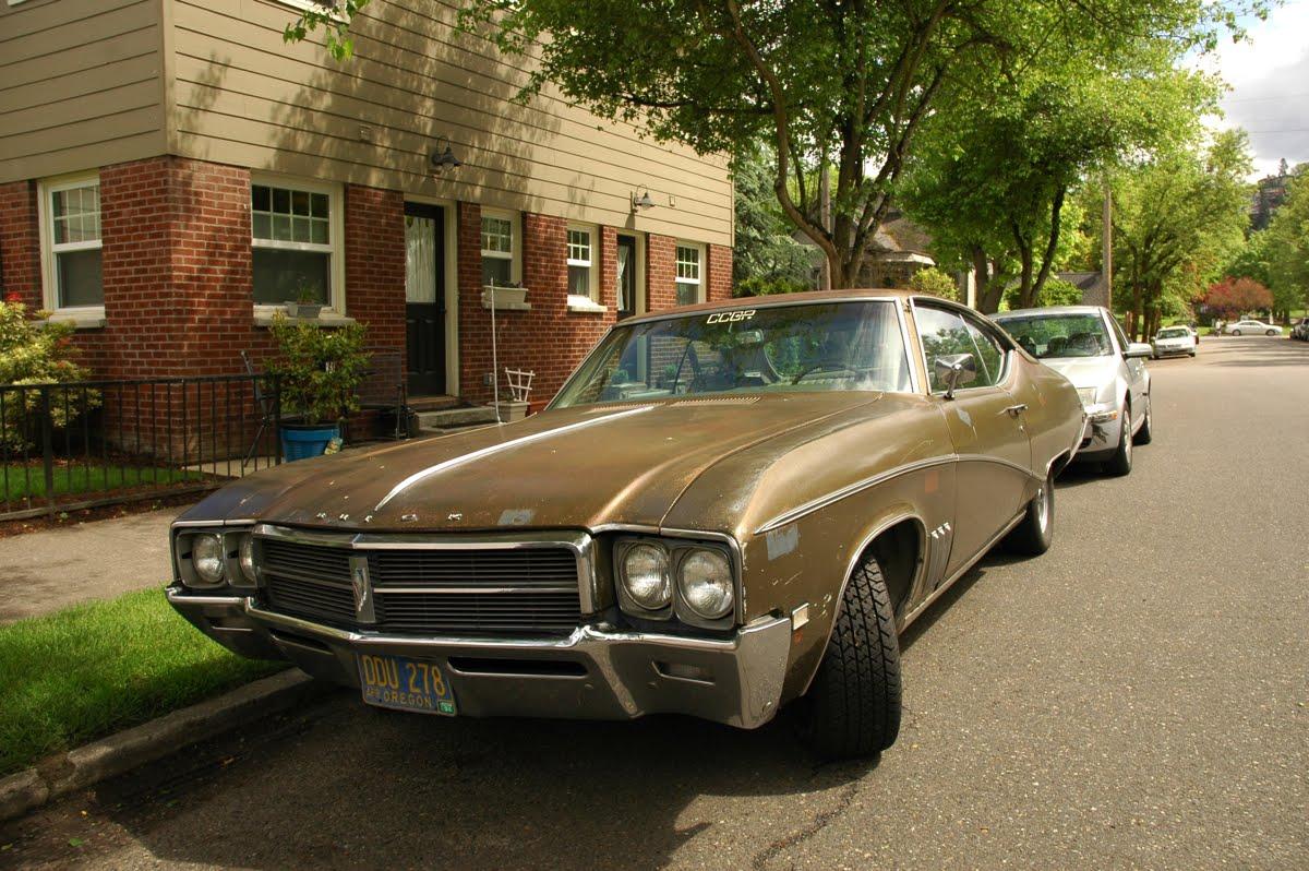 1969 Buick Skylark Custom.