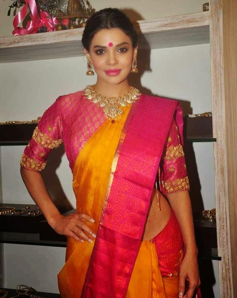 actress celebrities photos: pakistani actress sara loren stills at