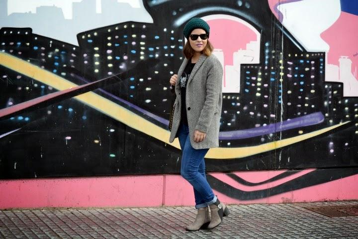 look_outfit_abrigo_gorrito_crochet_lana_valentina_complementos_lolalolailo_01