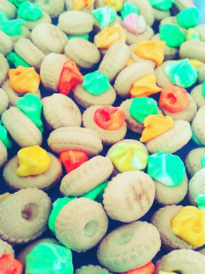 Biji Asam Biscuit, Colourful Biscuit