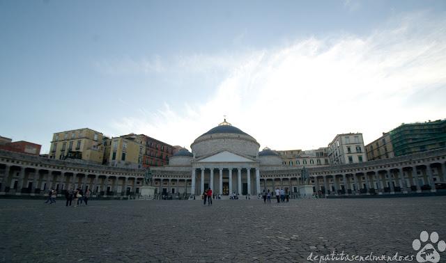 Piazza del Plebiscito de Napoles