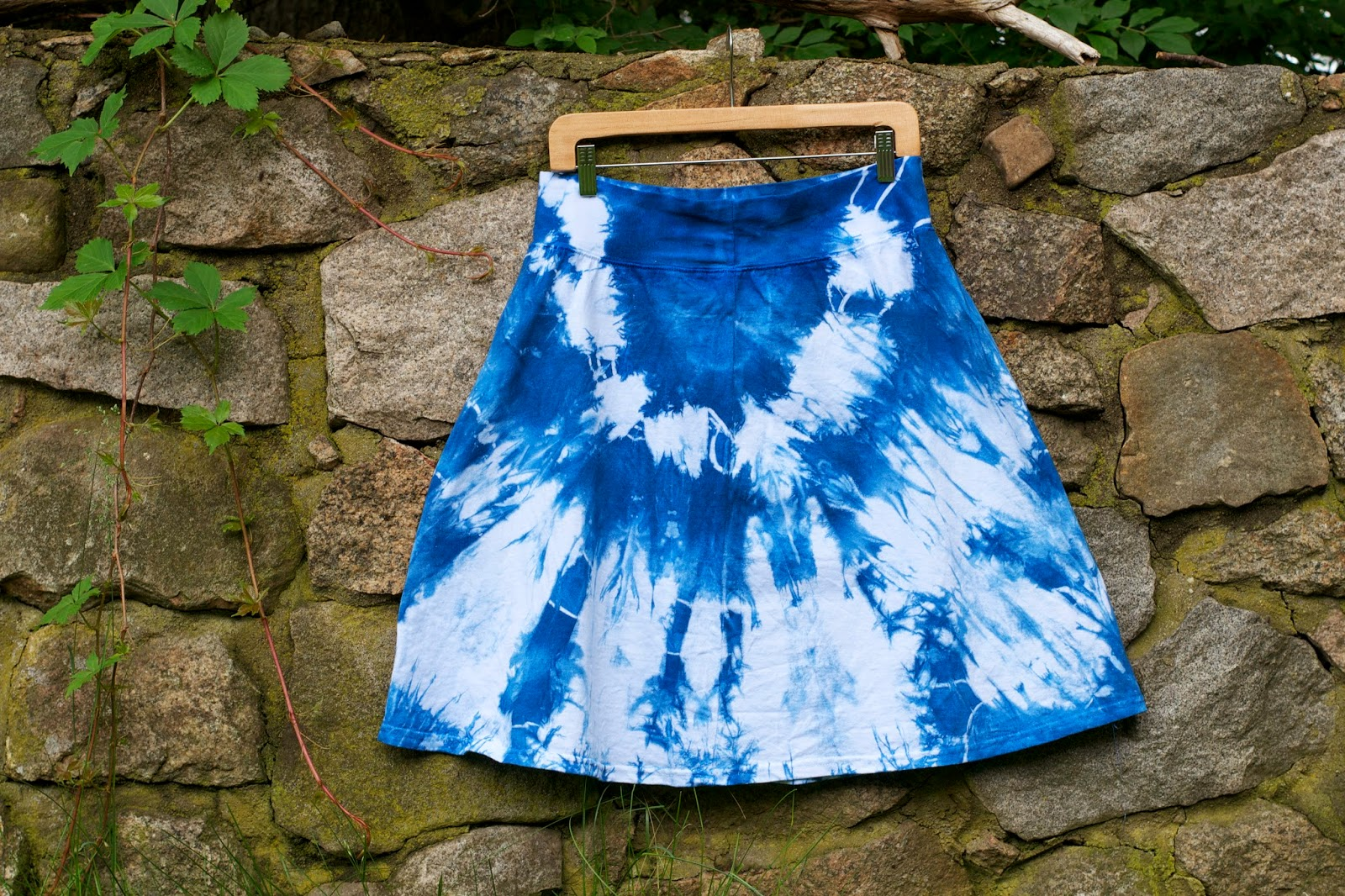 Hand dyed cotton skirt. Knee length, ndigo blue, shibori/tie dye style.