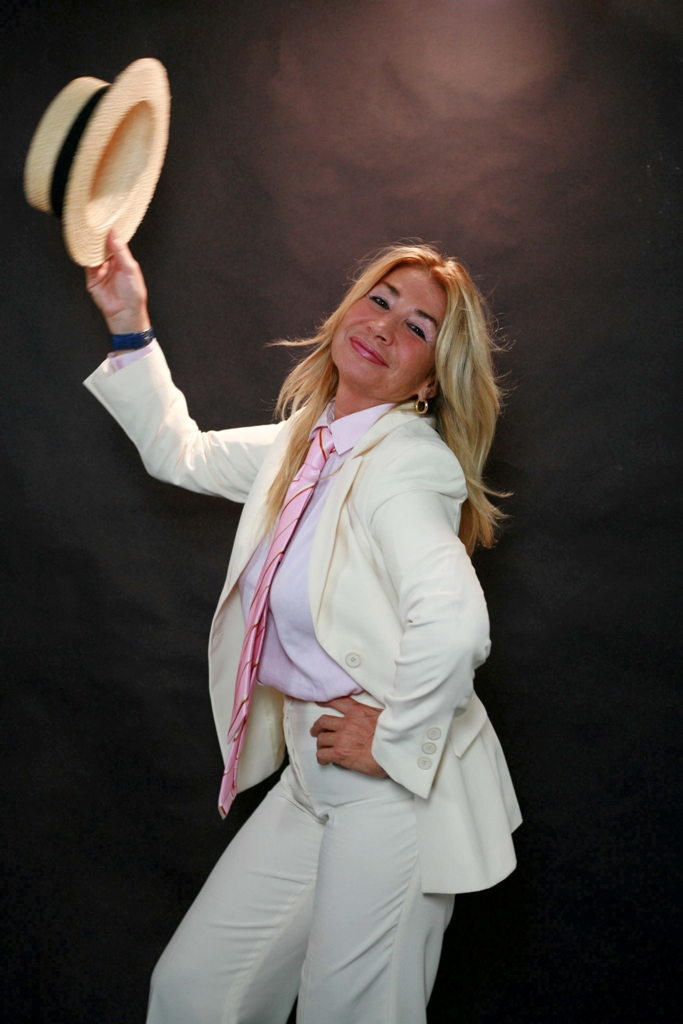 Lucia Cassini Net Worth