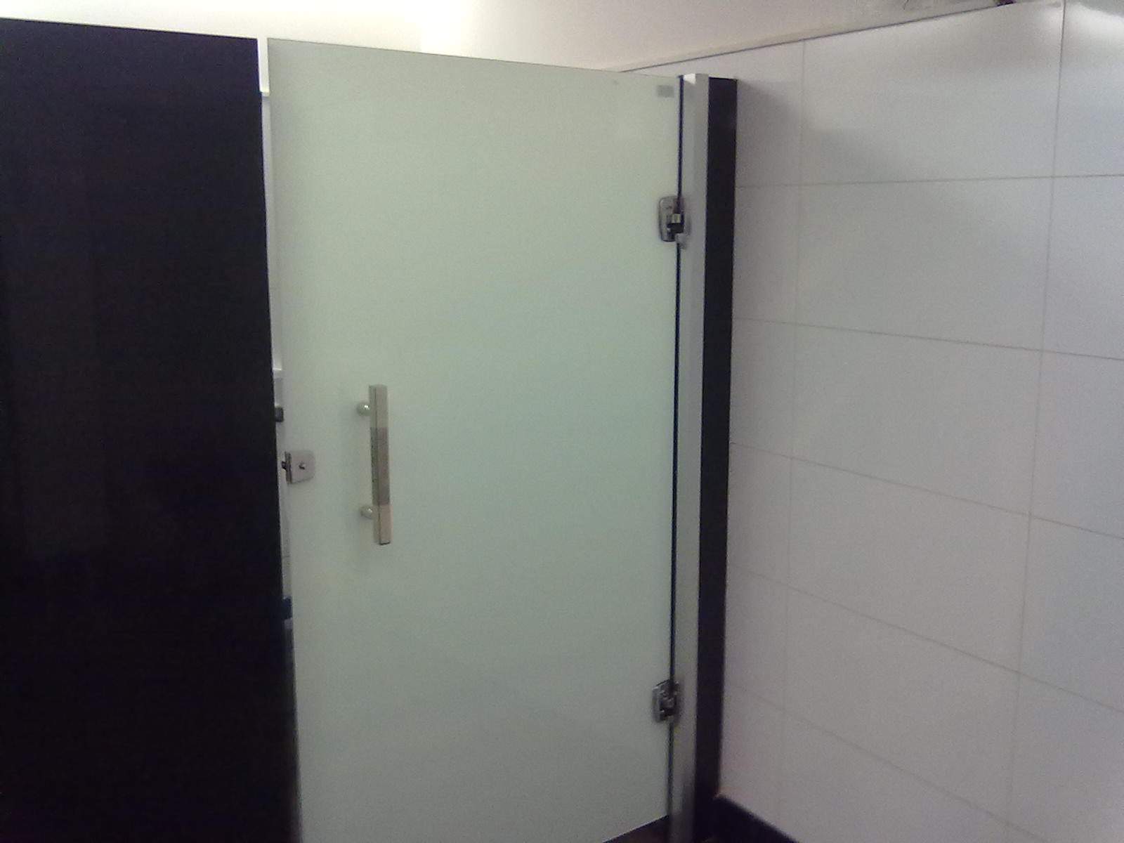Sanitário acessível do Shopping Campo Grande – Praça de alimentação  Acess -> Símbolo Banheiro Feminino