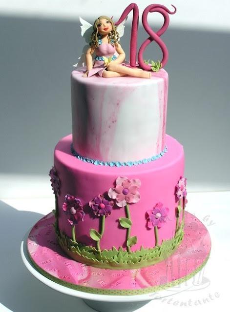 Fee Torte Geburtstagstorte pink fairy Märchen
