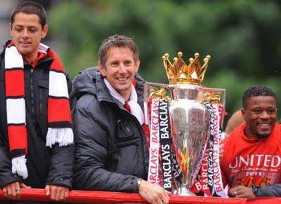 Hernandez Van der Sar Evra Manchester United Champions Barclays Premier League Parade