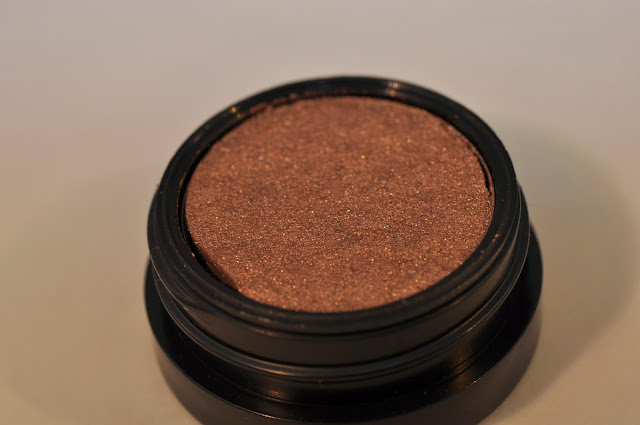MAC Electric Cool Eye Shadow in Superwatt