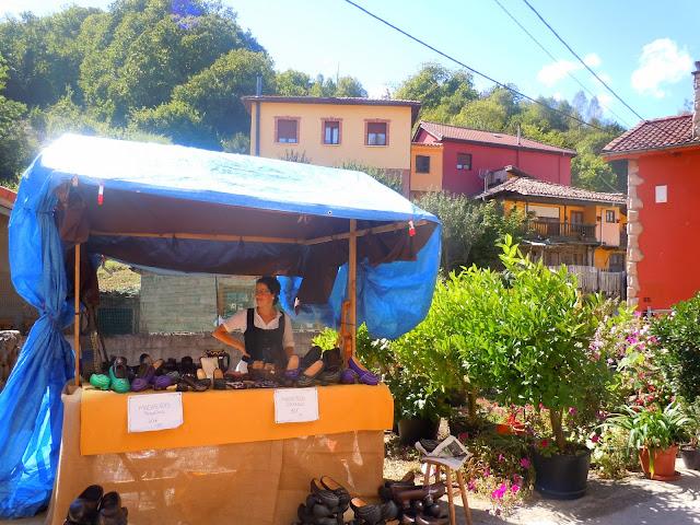 Mercau tradicional de Cenera
