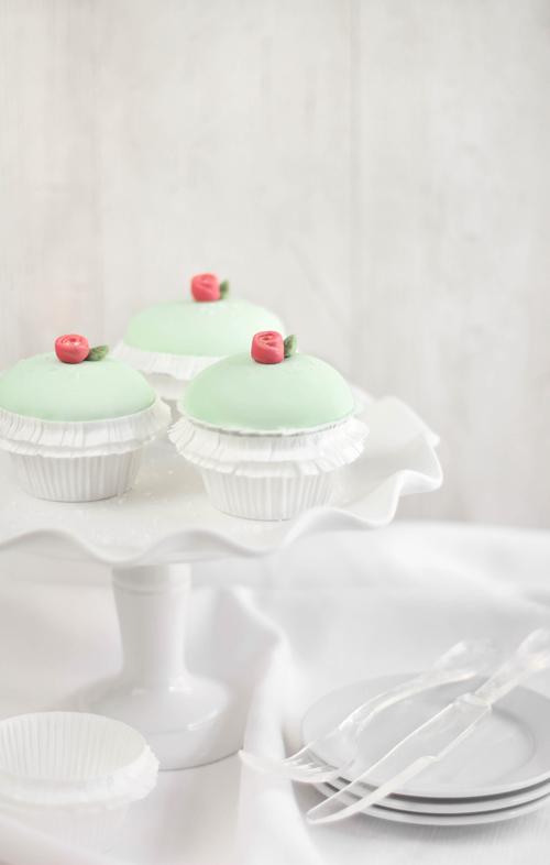 Princess Torte Cupcakes | Sprinkle Bakes