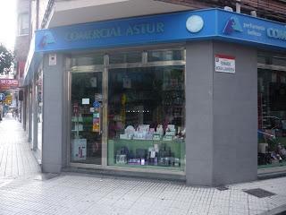 Perfumería Comercial Astur. Manuel Llaneza, Gijón. Punto de venta Eva Rogado