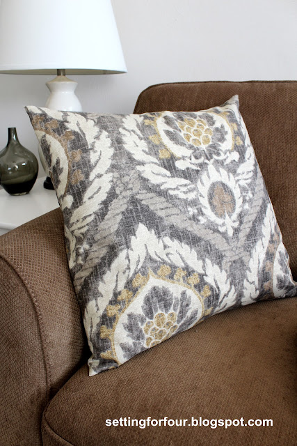 Ballard Designs Inspired Pillow from Setting for Four #diy #tutorial #ballard #decor #gray #scandicci #kravet #pillow