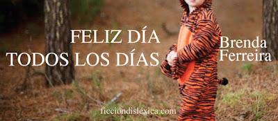 niño en bosque con disfraz de tigre título de la obra Feliz día, todos los días, micropoesía por Brenda Ferreira @bebaferreira del blog ficciondislexica.com