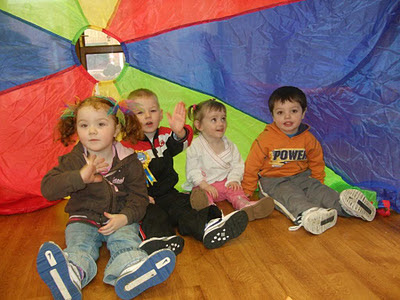 Parachute games for early childhood