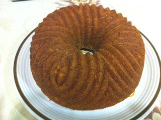 BUNDT CAKE DE NARANJA,REQUESÓN Y SEMILLAS DE AMAPOLA