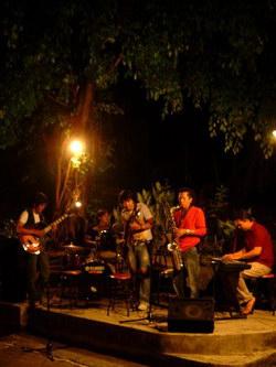 Jazz Ngisoringin On Stage