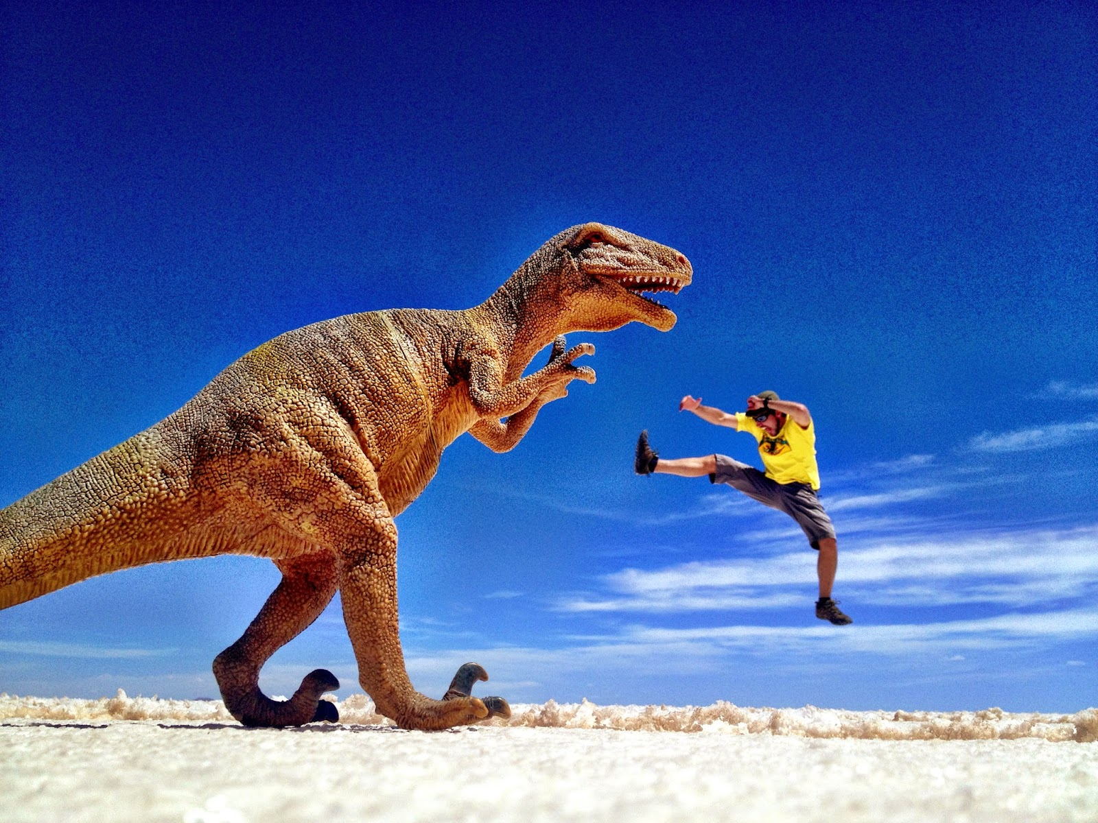 Simon Heyes - kicking dinosaur ass in the Salar de Uyuni