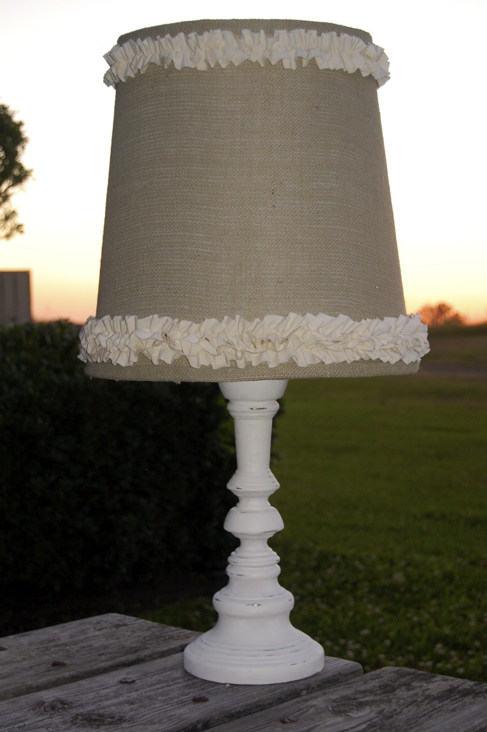A ripple of ruffles and pleats a lamp redo for Redoing lamp shades